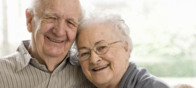 linha de apoio ao idoso