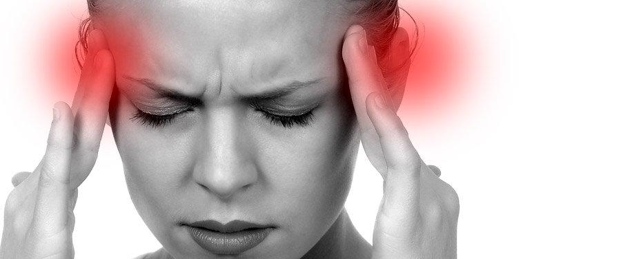 intensa dor de cabeça