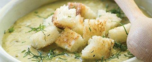 Sopa de espinafres com grão-de-bico
