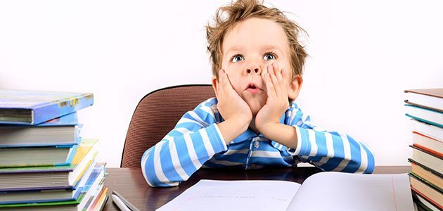 Ajudar as crianças a lidar com a ansiedade dos testes e exames